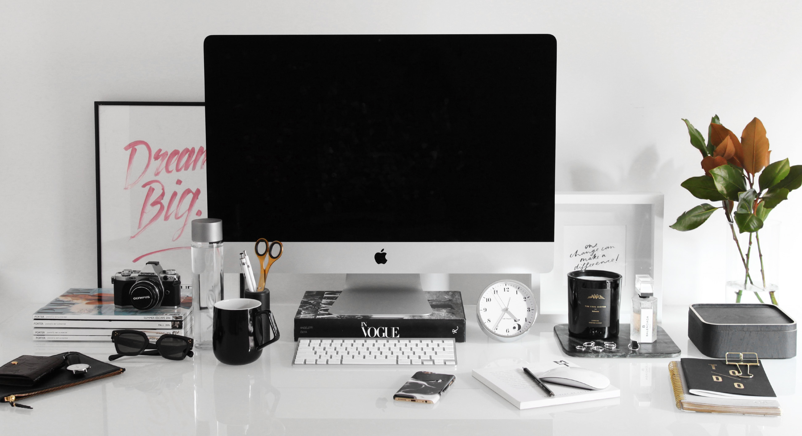 organise your workspace - design by aikonik 2
